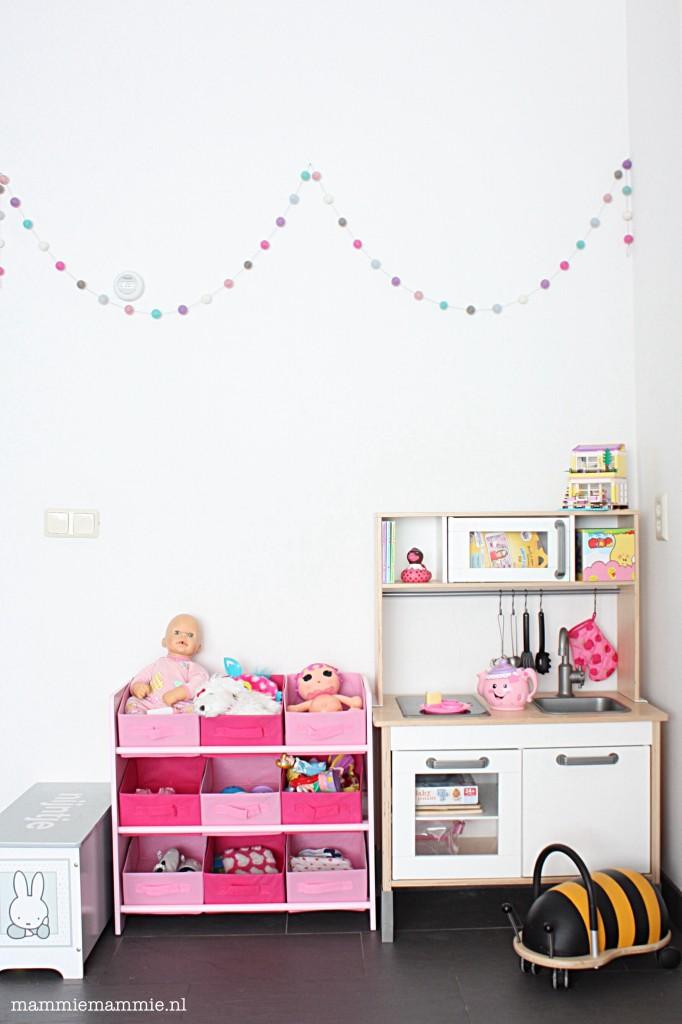 Speelgoed in de woonkamer