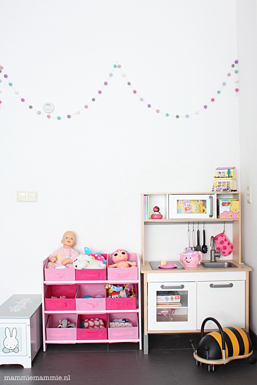 kijk mee hoe cre er je een fijne speelruimte in de. Black Bedroom Furniture Sets. Home Design Ideas