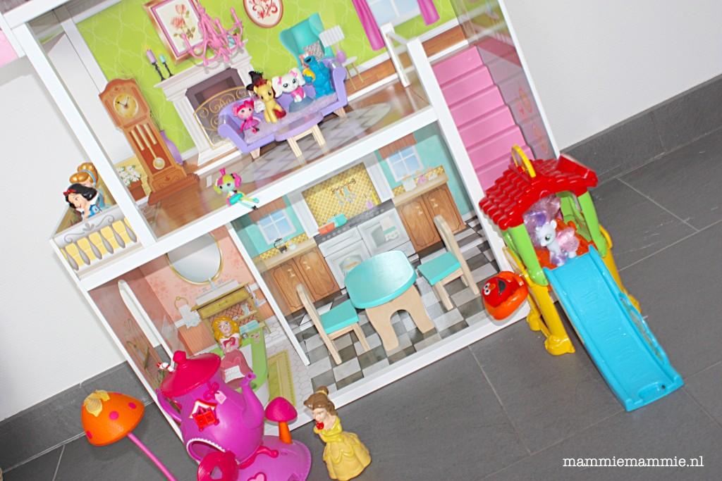 Prinsessen Spullen Slaapkamer : Review: Florence poppenhuis van ...