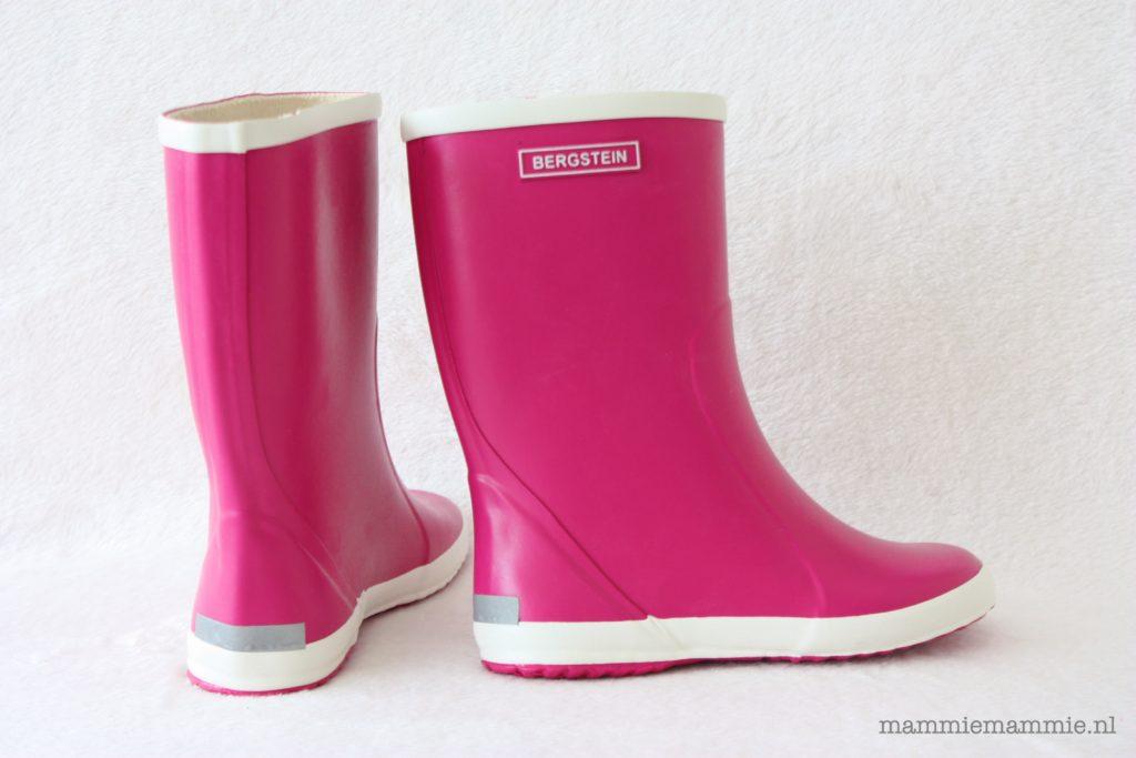 Roze regenlaarzen