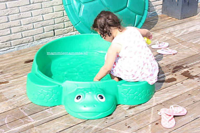 schildpad zandbak