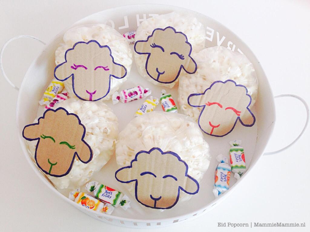 DIY | zelf popcorn Eid traktaties maken + gratis printable met schaapjes