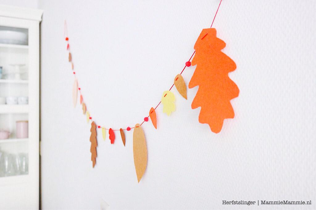 knutselen herfst zelf een vilten herfstslinger maken