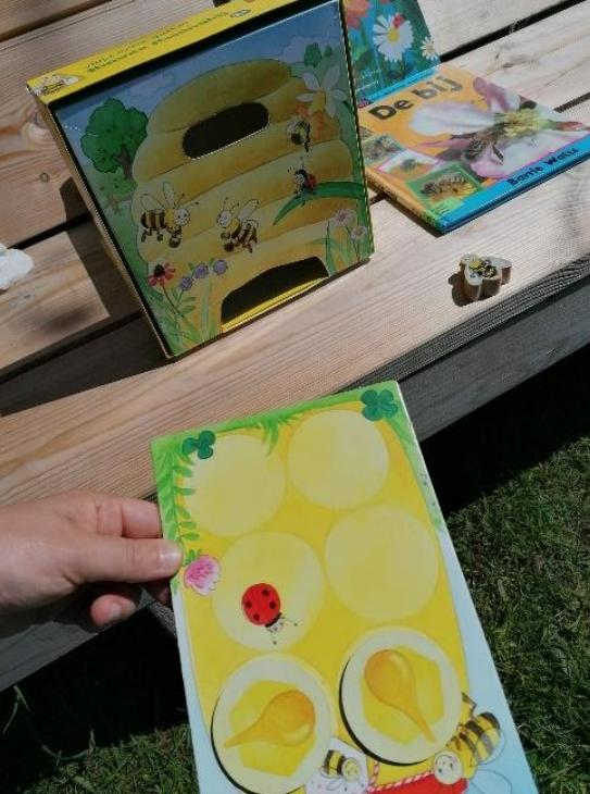 spelend leren bijen